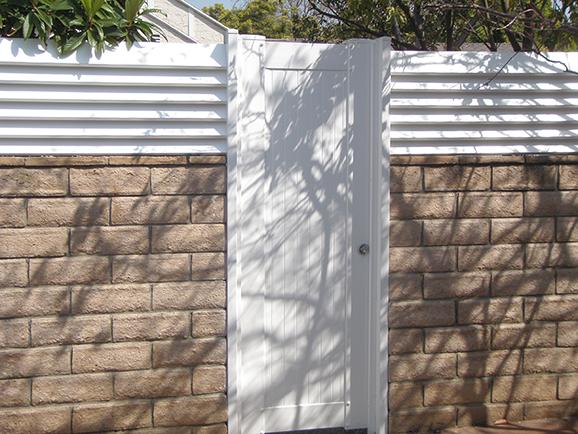 Gate in Blockwall