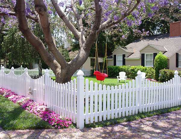 Vinyl Picket Fencing Custom Build To Fit Your Yard Perfectly All