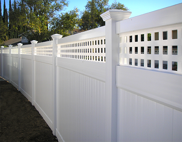 privcy fencing with lattice